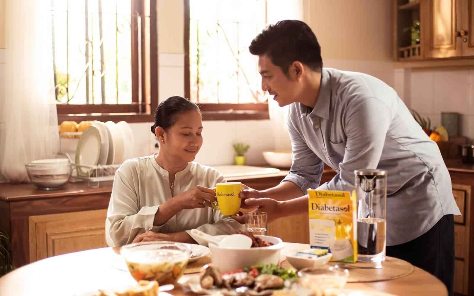 Yuk, Jaga Kesehatan Orang Tua Penderita Diabetes Selama Pandemi!